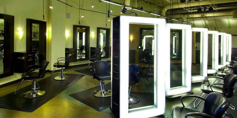 Men's Hair Salon : Look Your Best for Your Job