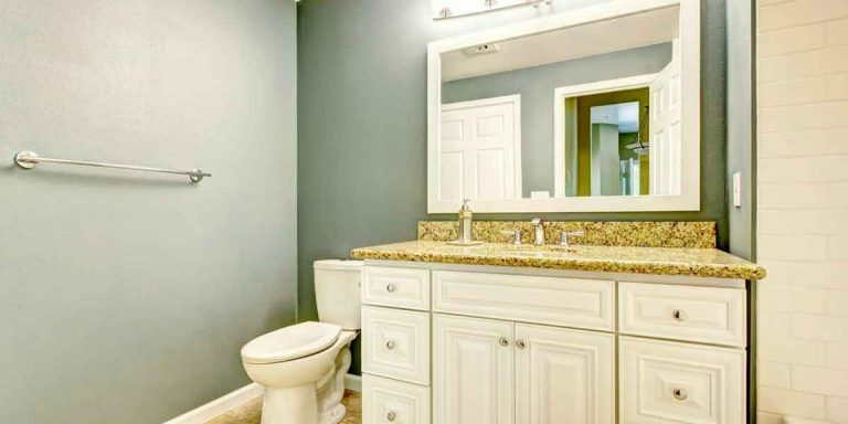 Replace Your Bathroom Cabinets for a Whole New Look